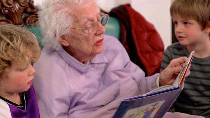 scuola nambini anziani 4