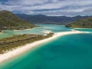 spiaggia neozelandese 300x225